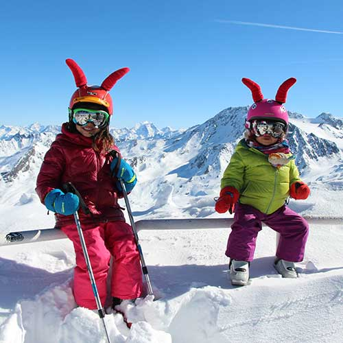 learn to ski with prosneige instructors